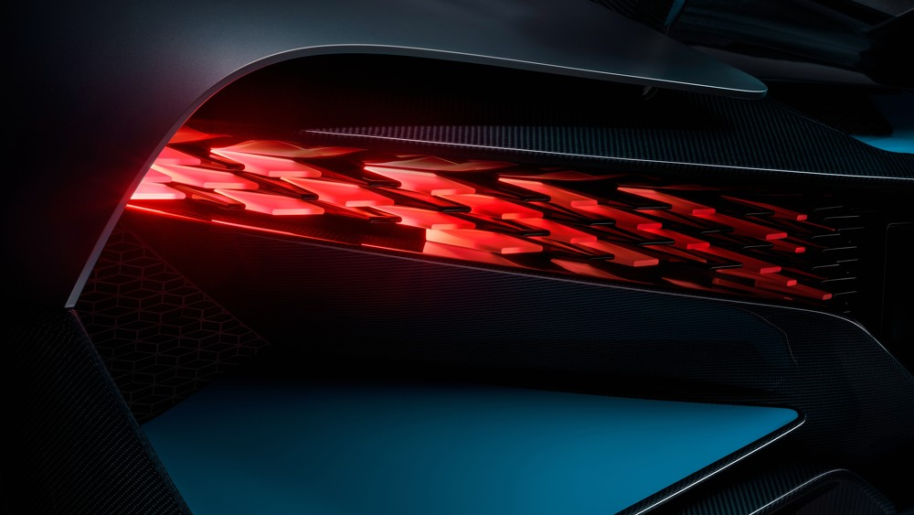 2019 Bugatti  Divo Led Tail Lights   4K UHD